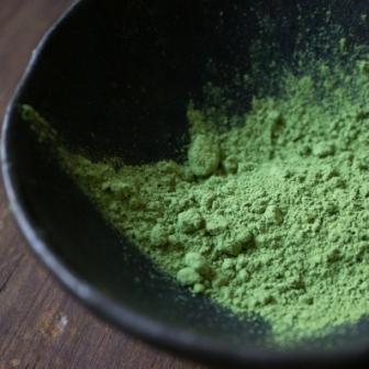 Matcha pour pâtisserie, thé vert matcha en poudre fine pour la pâtisserie japonaise, est vendu par azukiya à Colmar.